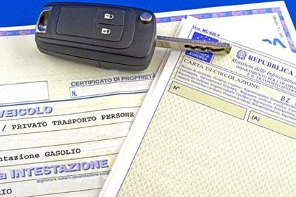 Certificato di propriet e libretto di circolazione